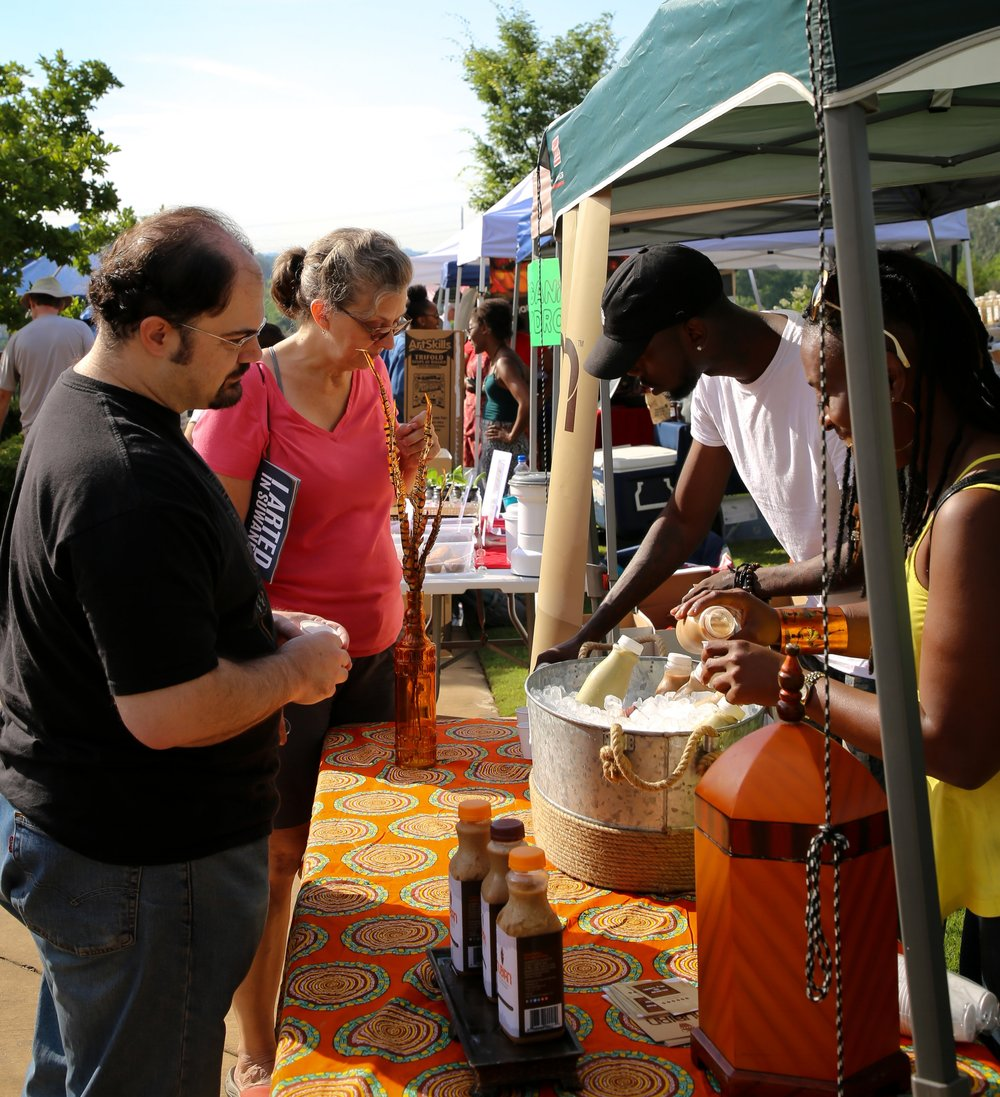 Patrons shop at Norcross Community Market  | Photo Credit: Jennifer Stalcup