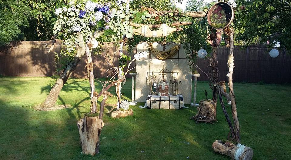 Wedding arch built by 'Junkinlove'
