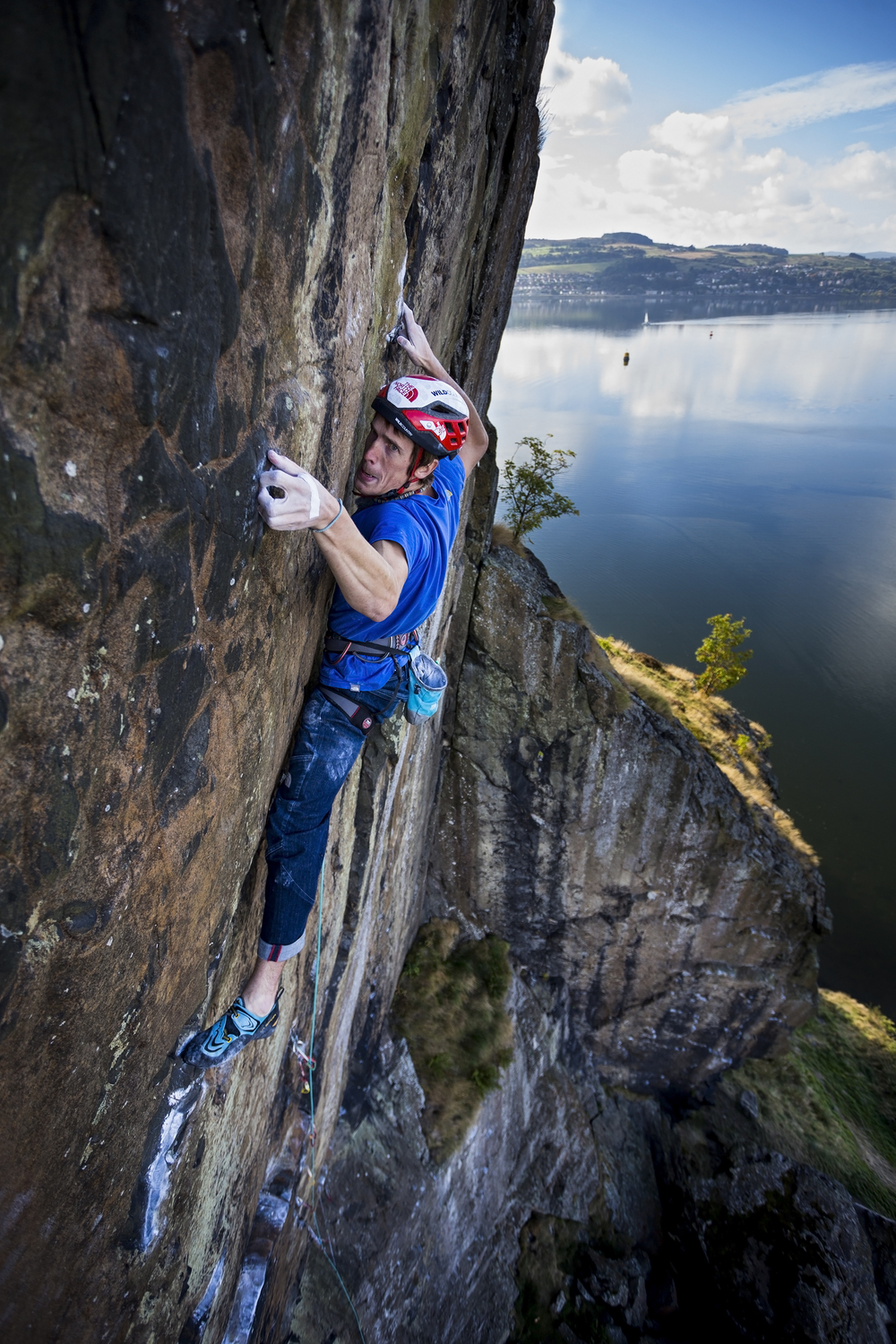 James Pearson leading 'Rhapsody' E11 at Dumbarton Rock.