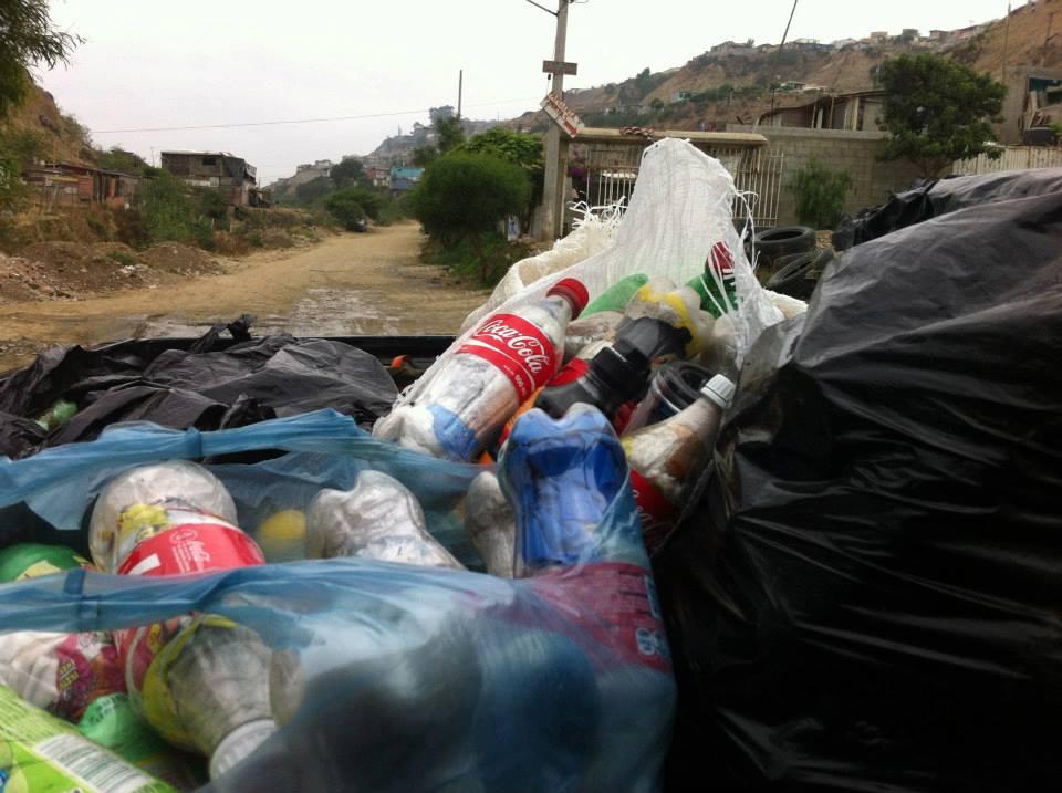 los sauces 4 walls park space trash sustainable contruction 3.jpg
