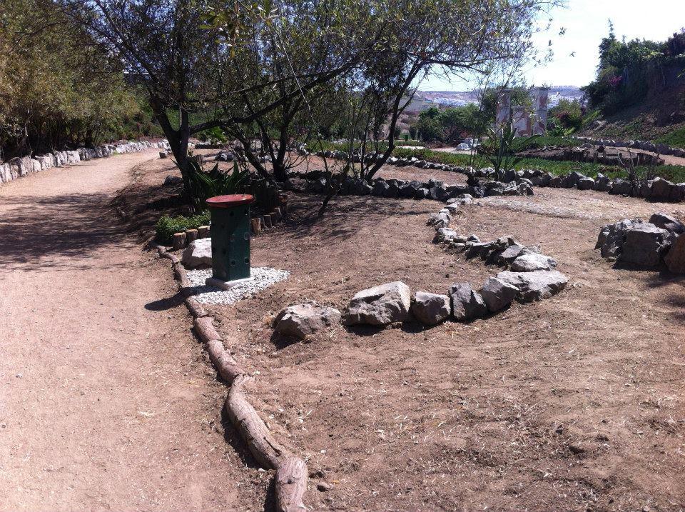 los sauces 4 walls park space trash sustainable contruction 11.jpg