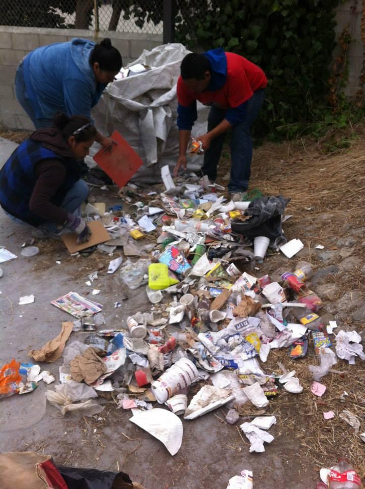 los sauces 4 walls park space trash sustainable contruction trash 2.jpg
