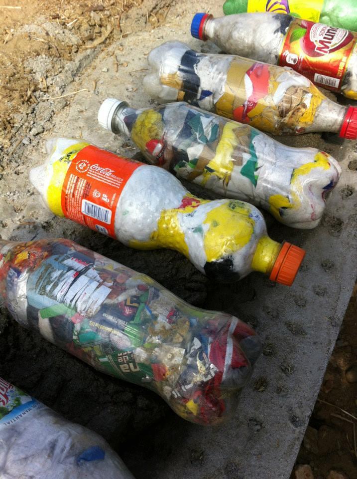 los sauces 4 walls park space trash sustainable contruction trash bottle brick.jpg
