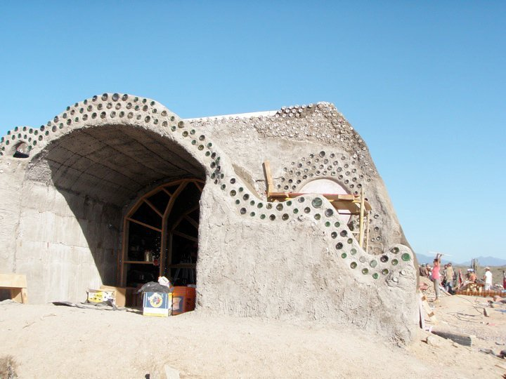 earthship_biotecture_4walls_international_baja_9.jpg