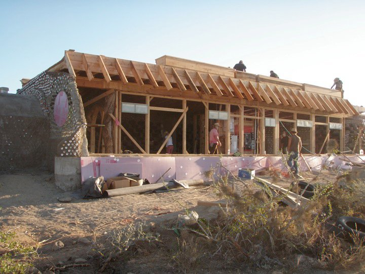 earthship_biotecture_4walls_international_baja_7.jpg