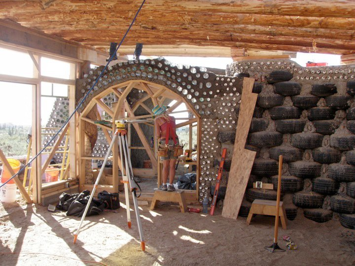 earthship_biotecture_4walls_international_baja_5.jpg