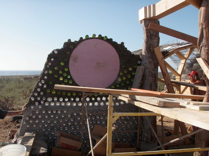 earthship_biotecture_4walls_international_baja_3.jpg