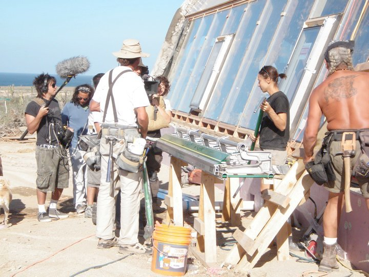 earthship_biotecture_4walls_international_baja_13.jpg