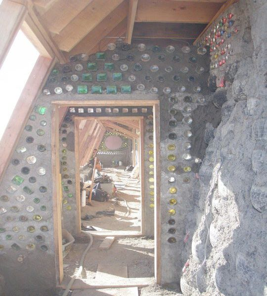 earthship_biotecture_4walls_international_baja_11.jpg