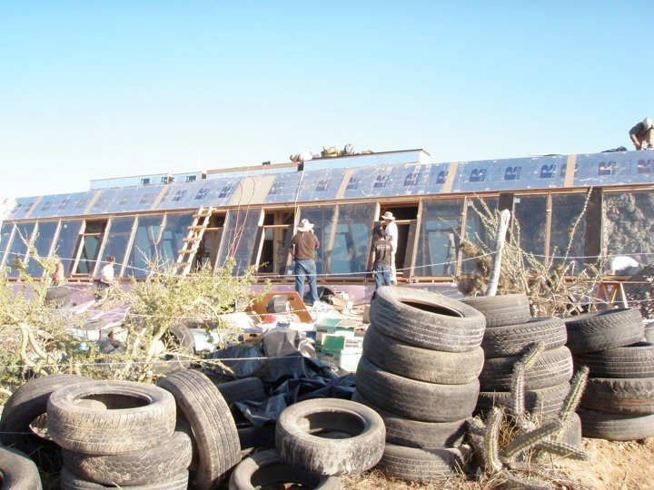 earthship_biotecture_4walls_international_baja_12.jpg