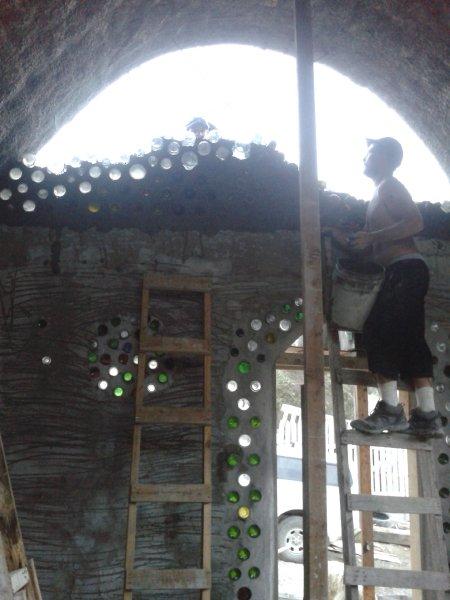 4 walls sustainable tire home - build casa de botella 4.jpg