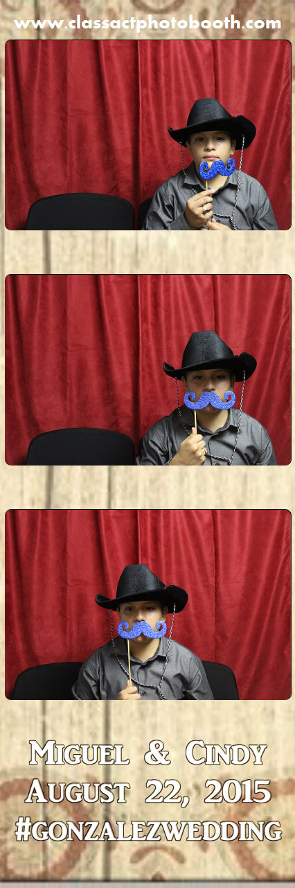 Faulkner wedding photo booth (15).jpg