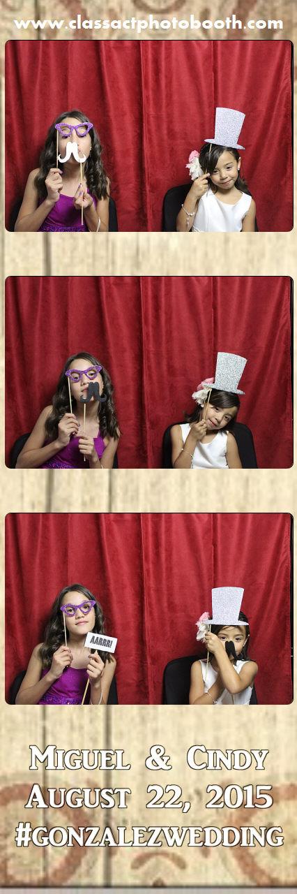 Faulkner wedding photo booth (19).jpg