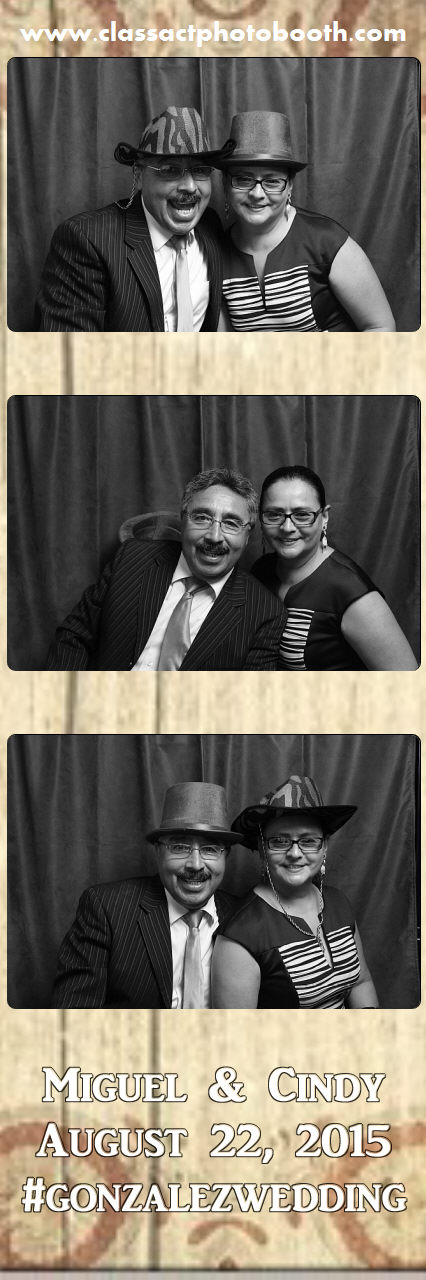 Faulkner wedding photo booth (21).jpg