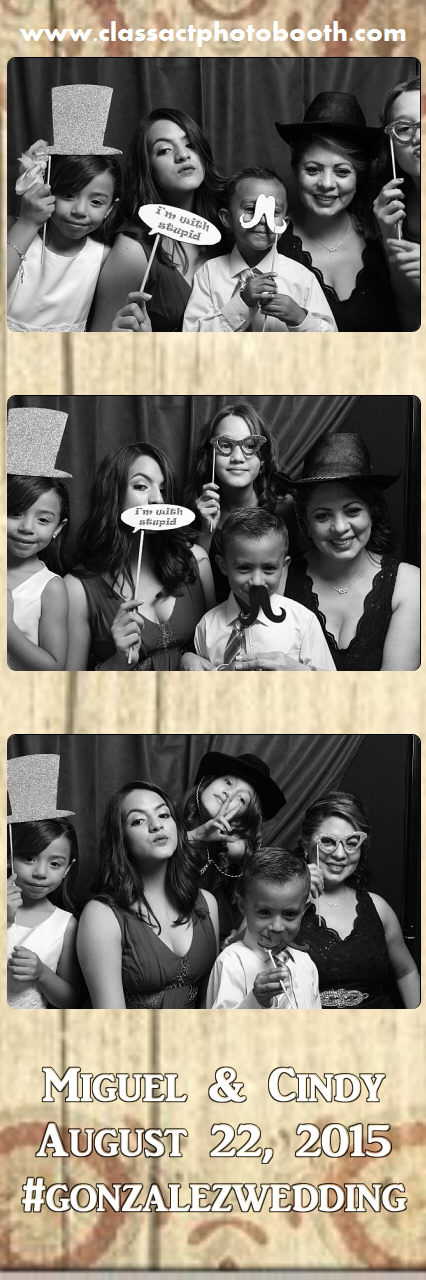 Faulkner wedding photo booth (22).jpg