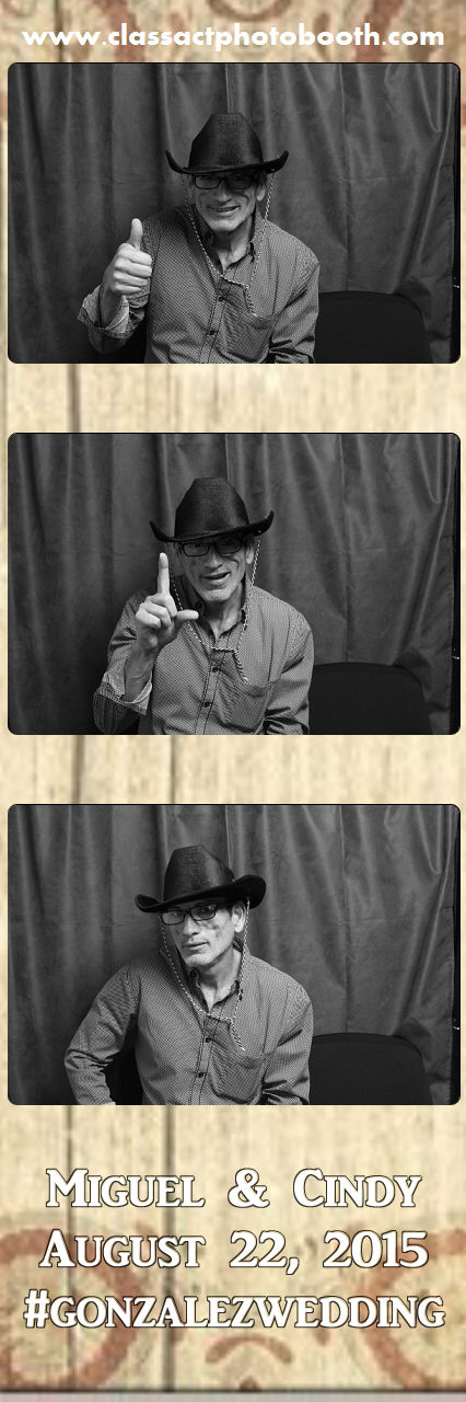 Faulkner wedding photo booth (24).jpg