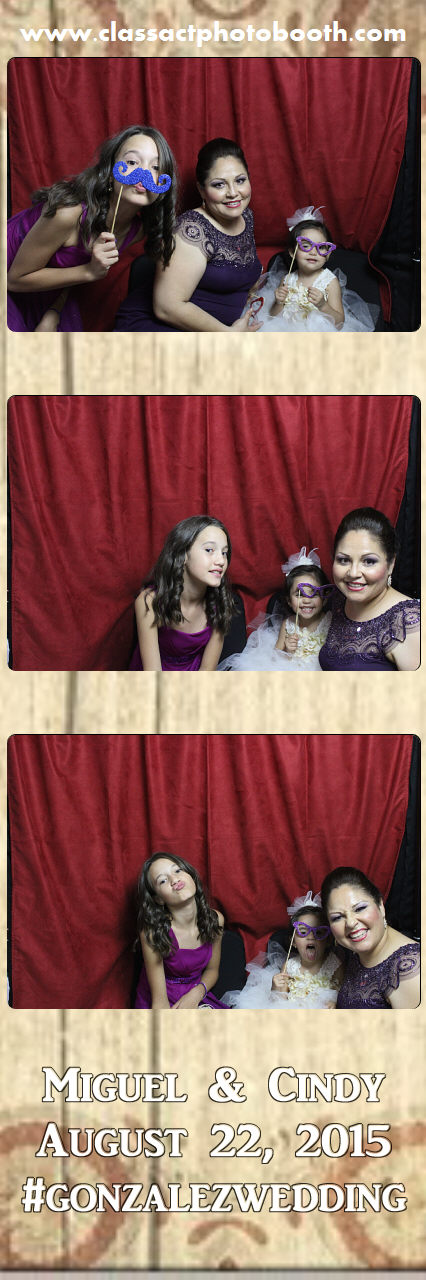 Faulkner wedding photo booth (33).jpg