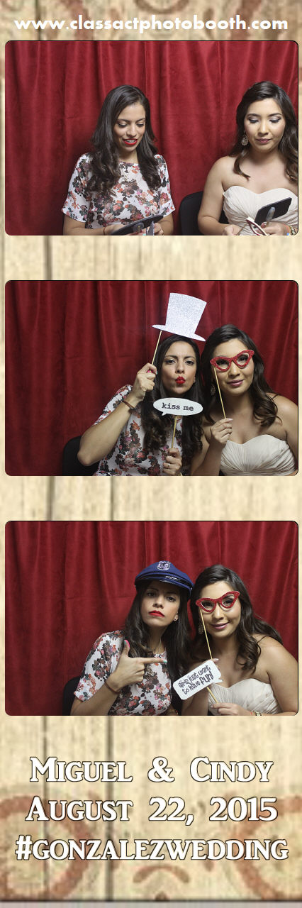 Faulkner wedding photo booth (43).jpg