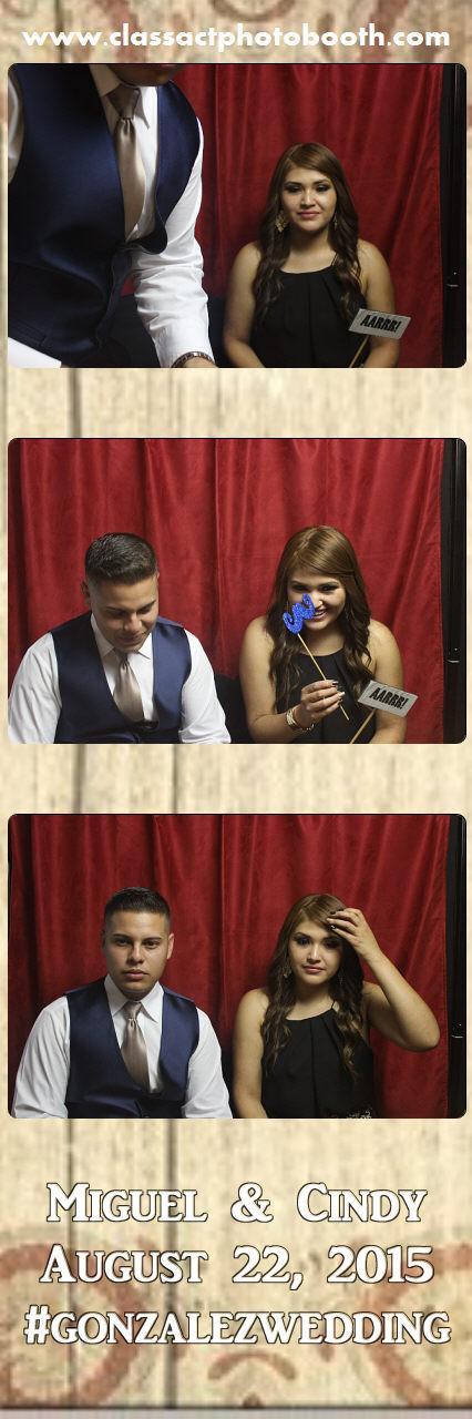 Faulkner wedding photo booth (64).jpg