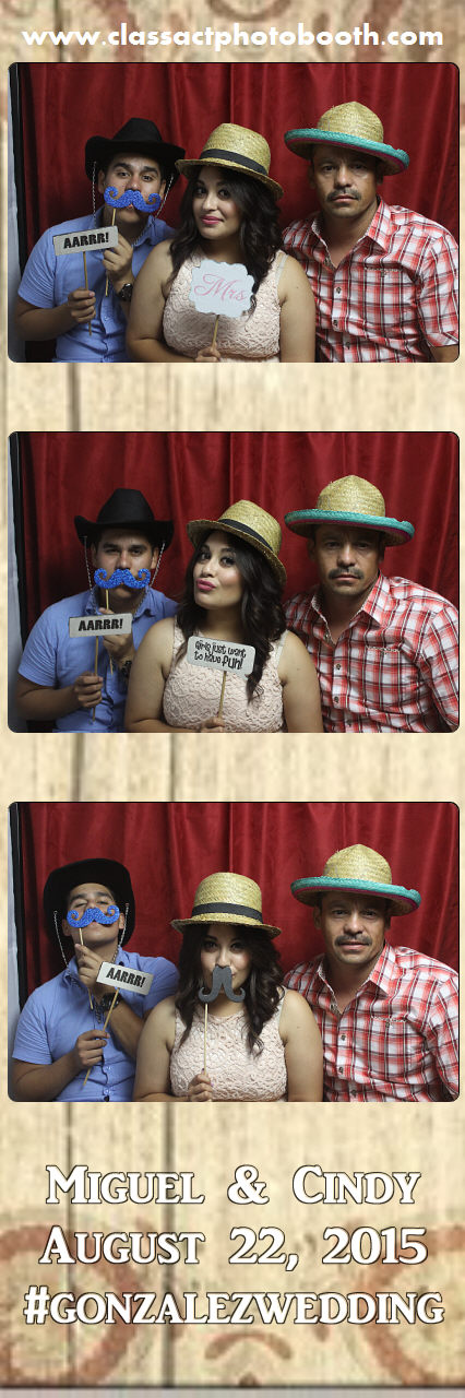 Faulkner wedding photo booth (70).jpg