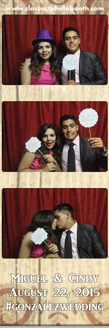 Faulkner wedding photo booth (83).jpg