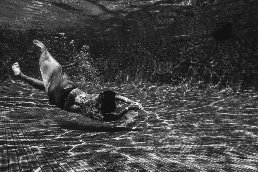 underwater2-3.jpg