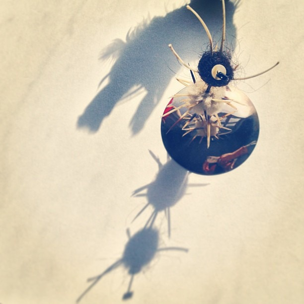 #kachina #inspired #deity #hair #anaconda #vertebrate #chakira #& #porcupine #sculpture #sunshot #picturepedestal