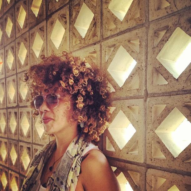 @sistaeyerie #lanegrasalvaje #afrocentriclicious #diamond #lights #geometric #holes #wall #artcenter #chucotown