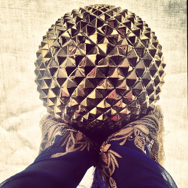 #holding #up #holy #inspiration #sun #globe #golden #sphere #sacred #geometric #shapes #triangles #triangulation #hands on #creation