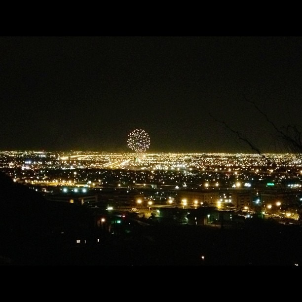 #ElPaso #citylights #Independence #fireworks #beautiful #explosion #view from #scenicdrive #nofilter #alllove #chuco
