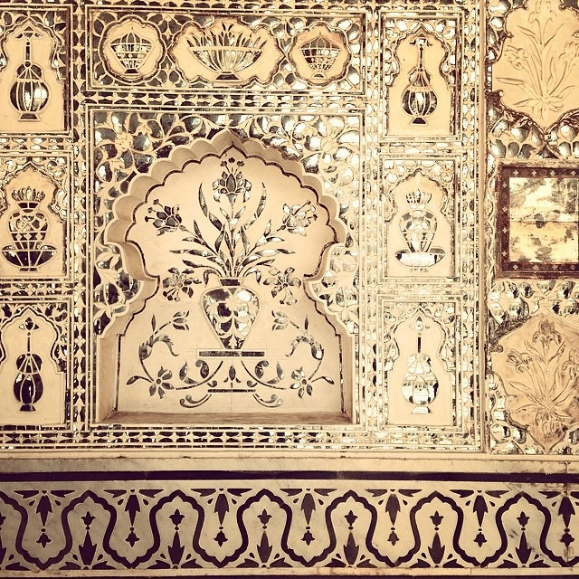#16thc #Hindu #Mughal #hybrid #art #glass #ancient #mosaic #silkroad #perfect condition #Amerfort #Amer #RajaManSinghI #Jaipur #Rajasthan #India #JaiMandir #SheeshMahal #CheelkaTila #JaigarhFort