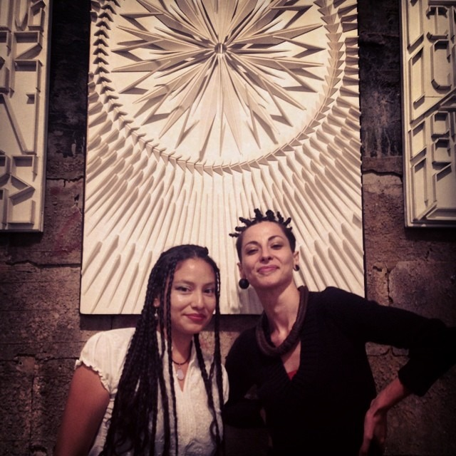 The #super #sweet @zoemap @exitroomny #artshow #artmorphosis inda #bush#brooklyn#ny #summer#hair #love #trenzas y #moños