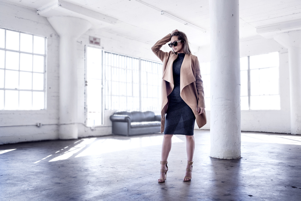 miss svmvntha samantha beckett justfeng photography feng ootd trench coat fashion