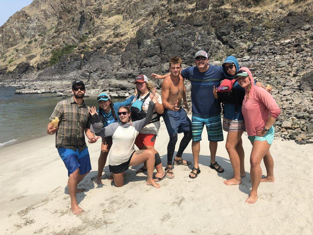 guide team 2018.jpg