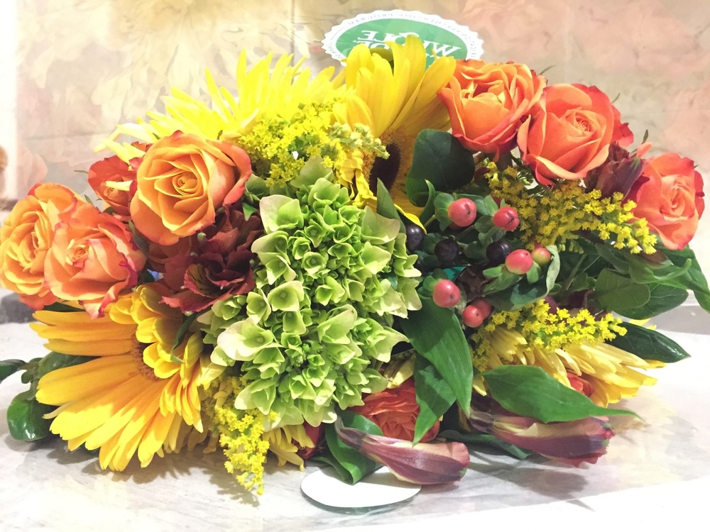 Closer look at autumn flower bouquet