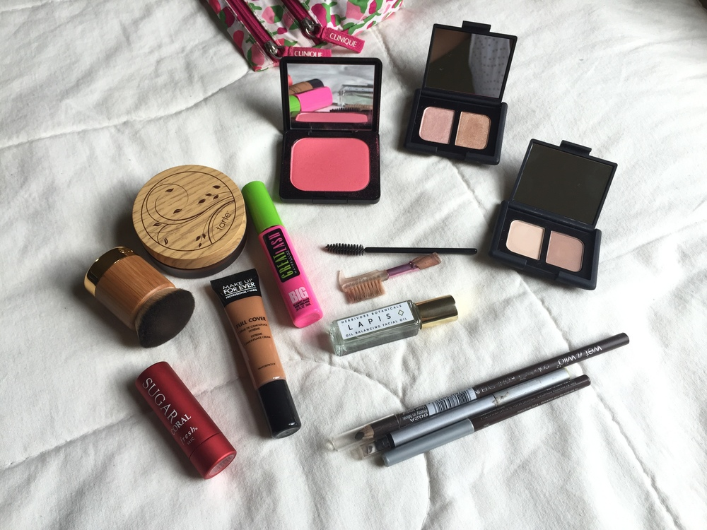 "Makeupe products for a ""no makeup"" makeup look."