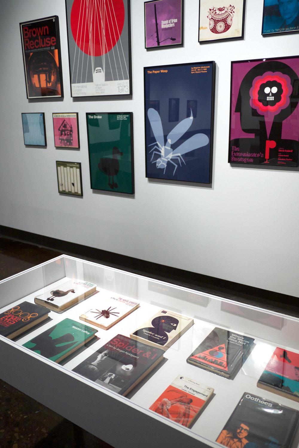 books-uwag 2011.jpg