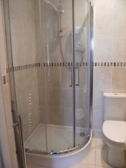 glass-shower-enclosure.jpeg