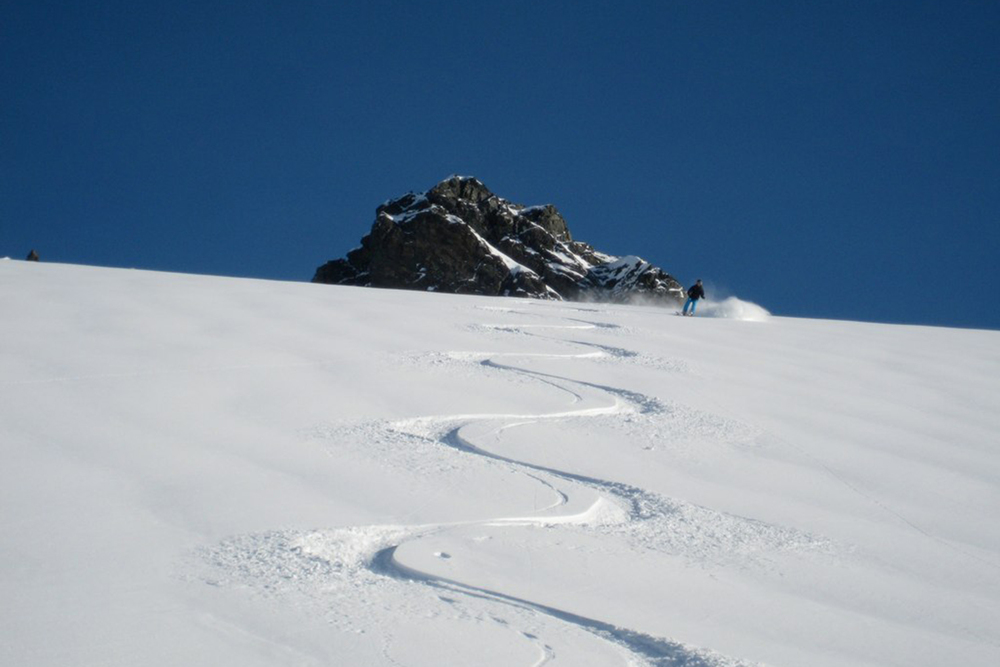 Best of Total Heliski (9).jpg