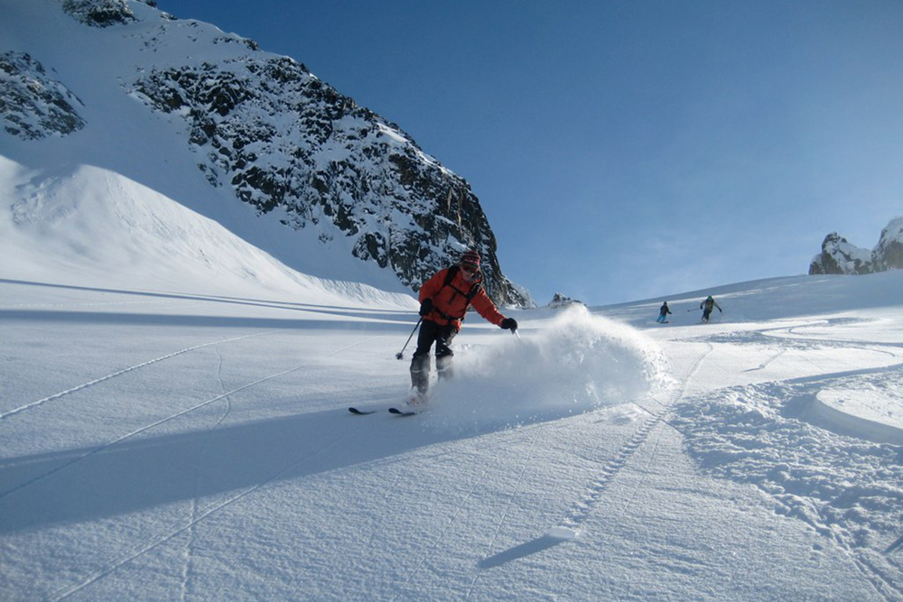 Best of Total Heliski (10).jpg