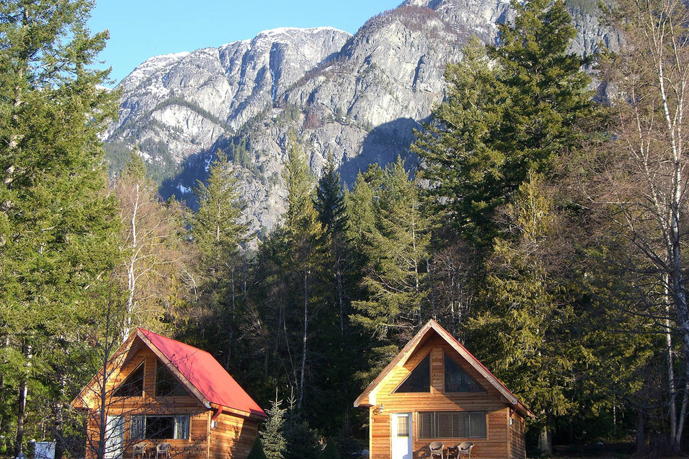 Bella Coola Heli Skiing (4).jpg