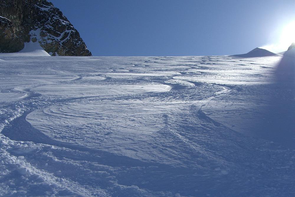 Bella Coola Heli Skiing (3).jpg