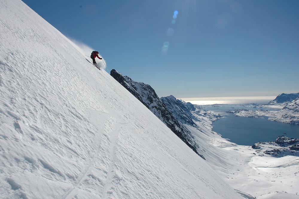 Heli Skiing Greenland (3).jpg