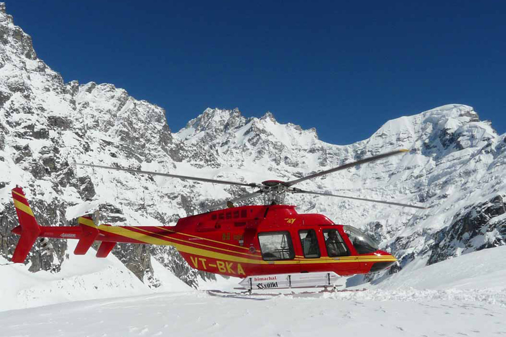 Heli Skiing in India (4).jpg