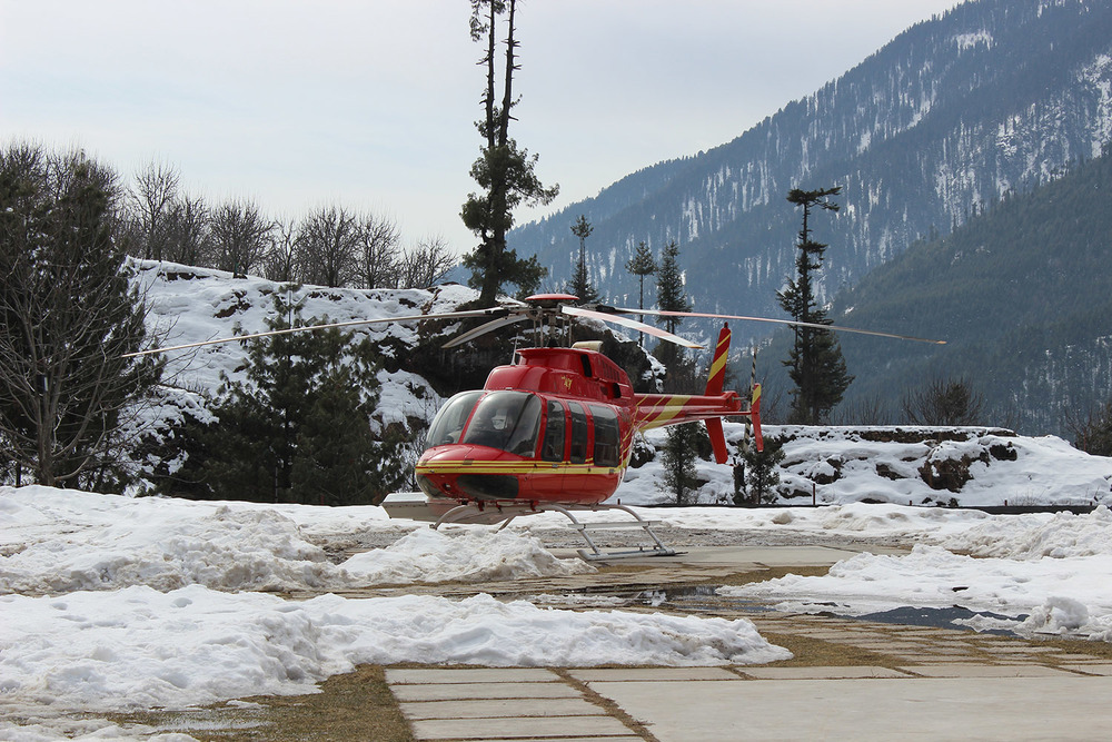 Heli Skiing in India (12).jpg