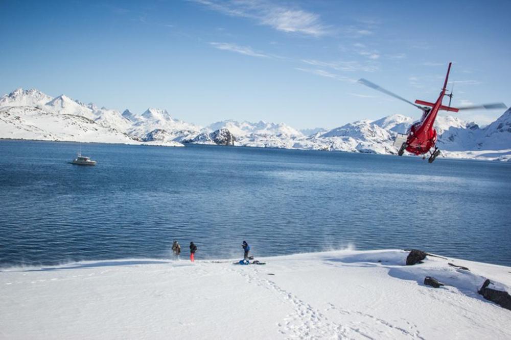 Heli Skiing Greenland (12).jpg
