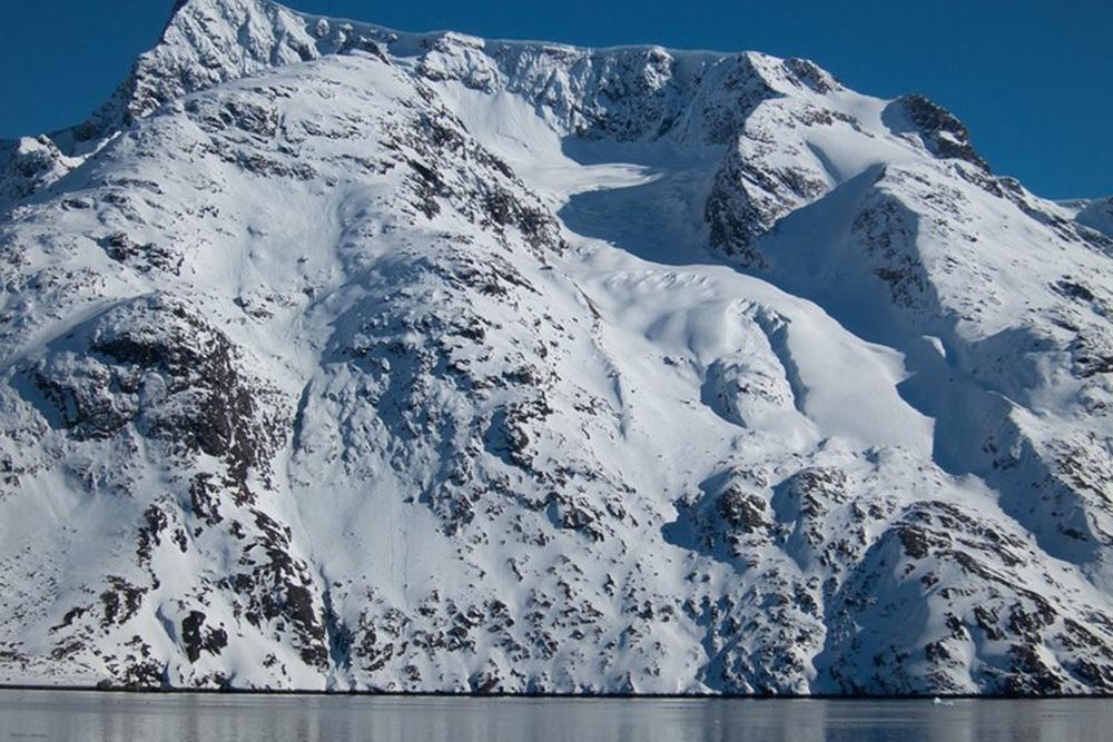 Heli Skiing Greenland (17).jpg