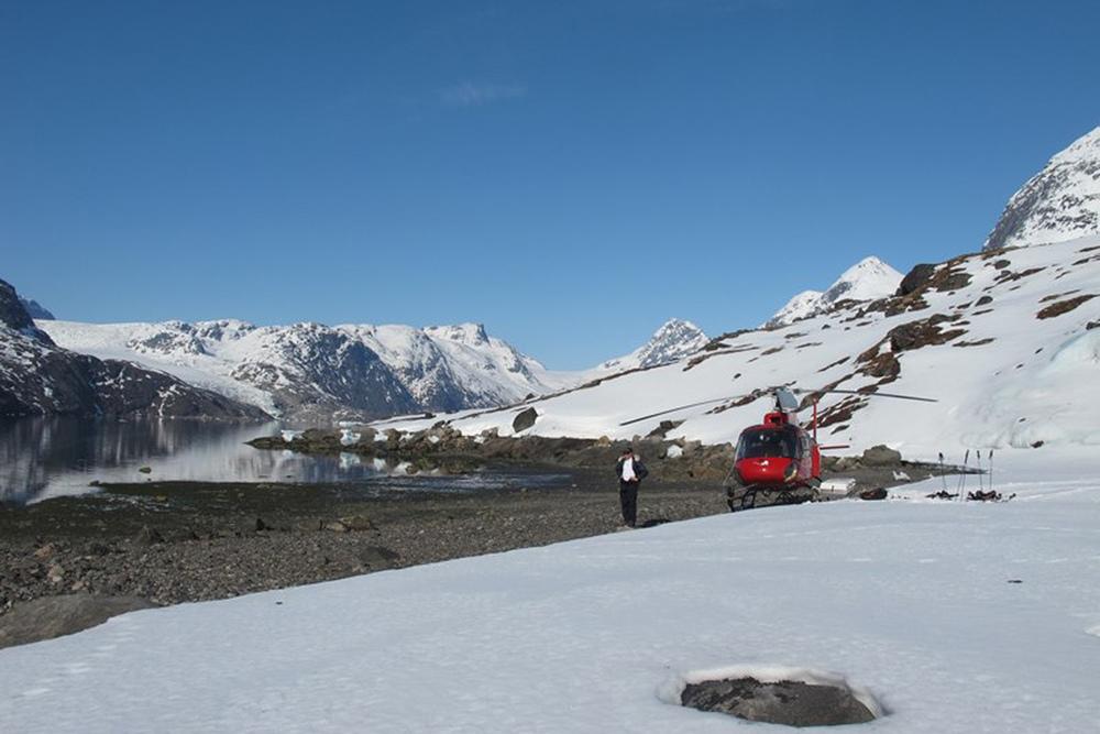 Heli Skiing Greenland (18).jpg