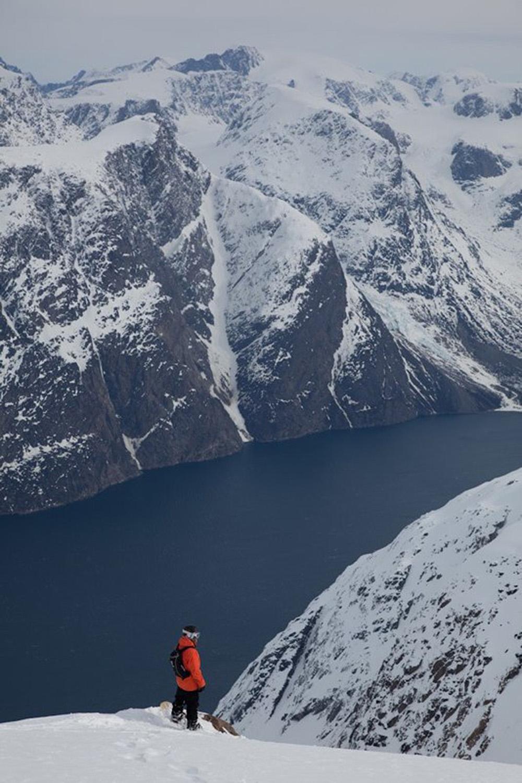 Heli Skiing Greenland (20).jpg