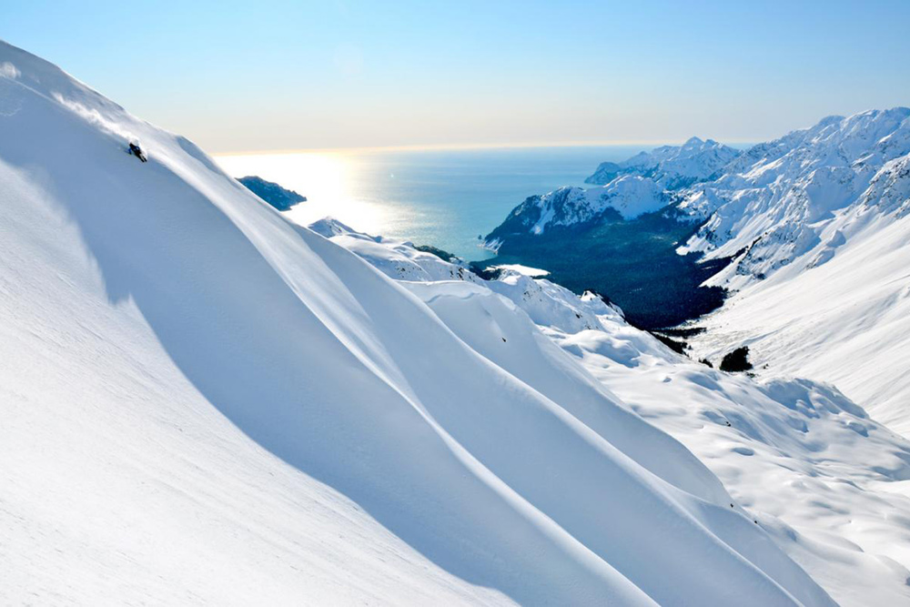 Heli Skiing in Hotel Alyeska